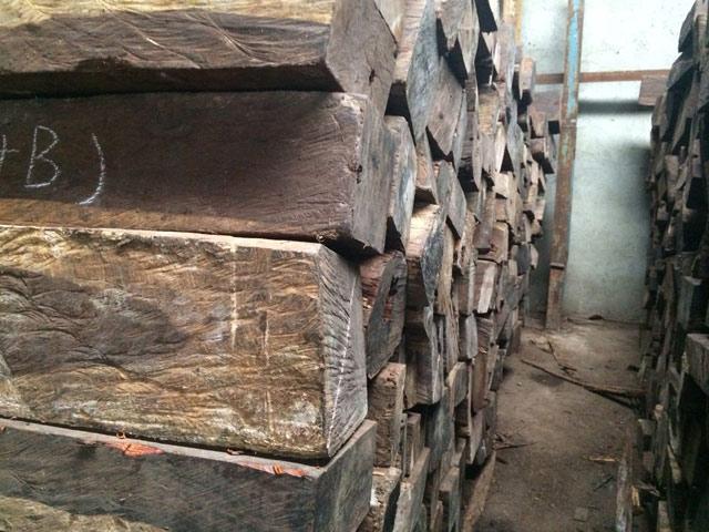 """木材市场上俗称""""南美酸枝""""的有很多"""